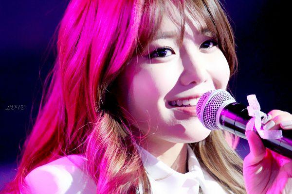 Tags: K-Pop, Girls' Generation, Sooyoung, Wavy Hair, Dark Background, Black Background, Love (Fansite), Wallpaper
