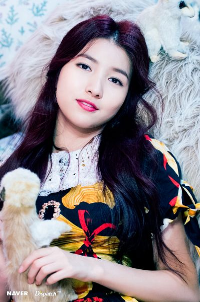 Tags: K-Pop, G-friend, Sowon, Leaning Back, Wavy Hair, Multi-colored Dress, Stuffed Animal, Necklace, Stuffed Toy, Red Hair, Short Sleeves, Dispatch