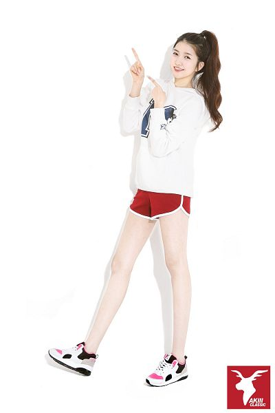 Tags: K-Pop, G-friend, Sowon, Hair Up, Shoes, Ponytail, Shorts, Red Shorts, Light Background, White Background, Sneakers, Full Body