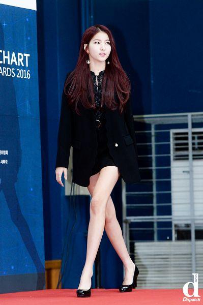 Tags: K-Pop, G-friend, Sowon, Walking, Dispatch