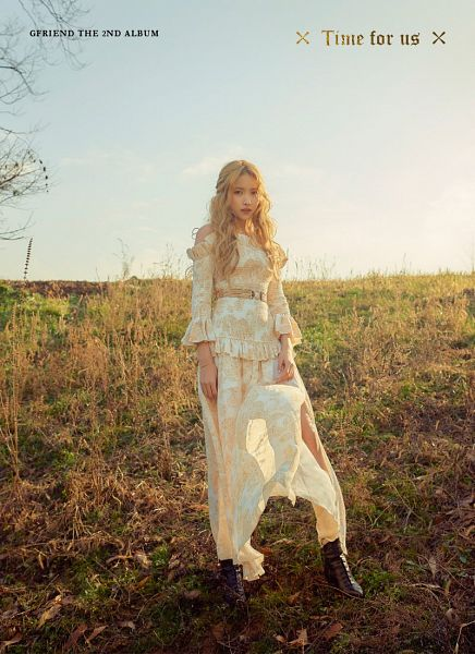 Tags: K-Pop, G-friend, Sowon, Text: Album Name, White Dress, Grass, Serious, Shoes, Belt, White Outfit, Boots, Text: Artist Name
