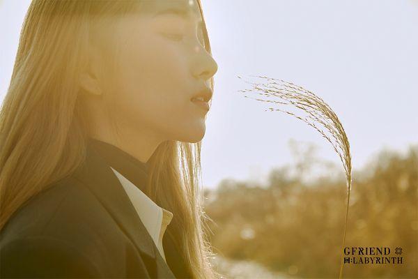 Tags: K-Pop, G-friend, Sowon, Serious, Black Jacket, Side View, Black Outerwear
