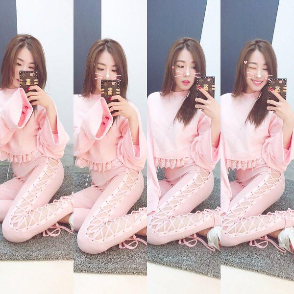 Tags: K-Pop, Girls' Generation, Stephanie Young Hwang, Instagram