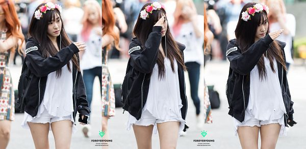 Tags: SM Town, K-Pop, Girls' Generation, Stephanie Young Hwang, Shorts, Flower Crown, Crown, Flower, Hoodie