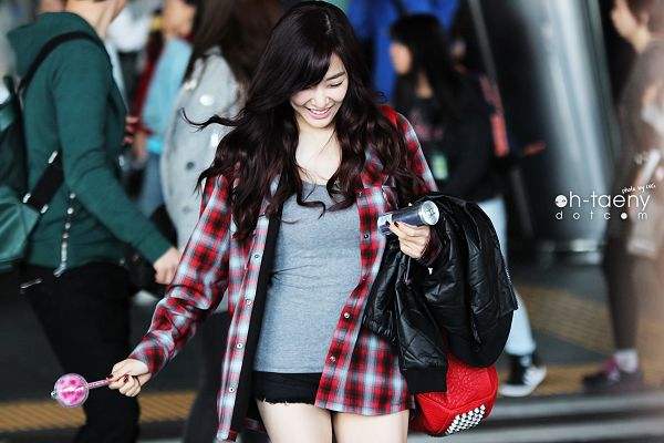 Tags: K-Pop, Girls' Generation, Stephanie Young Hwang, Black Shorts, Looking Down, Shorts, Looking Ahead, Red Shirt, Checkered, Gray Shirt, Black Outerwear, Eyes Half Closed