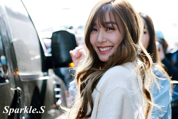 Tags: SM Town, K-Pop, Girls' Generation, Stephanie Young Hwang, Black Eyes, Car, White Outfit, White Jacket, Outdoors, Wavy Hair, White Outerwear, Sparkle.S