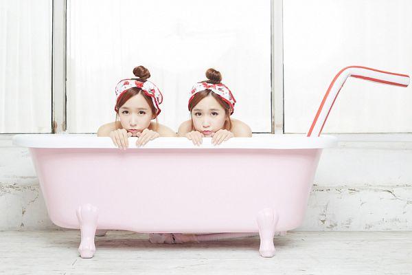 Tags: Strawberry Milk, Crayon Pop, Way, Choa, Duo, Straw, Hair Up, Sisters, Suggestive, Twins, Topless (Female), Bathtub
