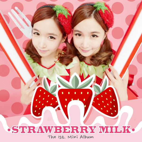 Tags: Crayon Pop, Strawberry Milk, Choa, Way, Siblings, Two Girls, Twins, Text: Artist Name, Family, Duo, Strawberry, Spotted Background