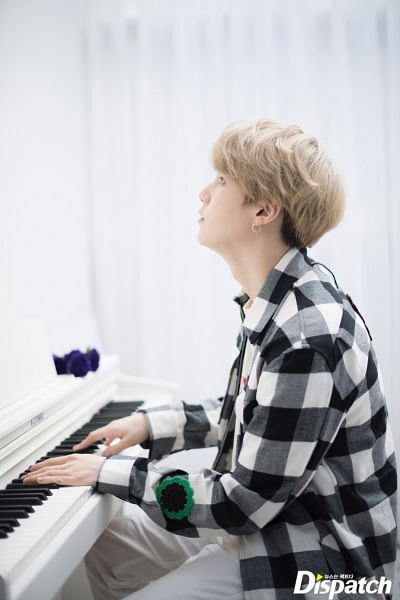Tags: K-Pop, BTS, Suga, Piano, Side View, Checkered Shirt, Looking Up, White Day, Musical Instrument, Playing Instrument, English Text, Checkered