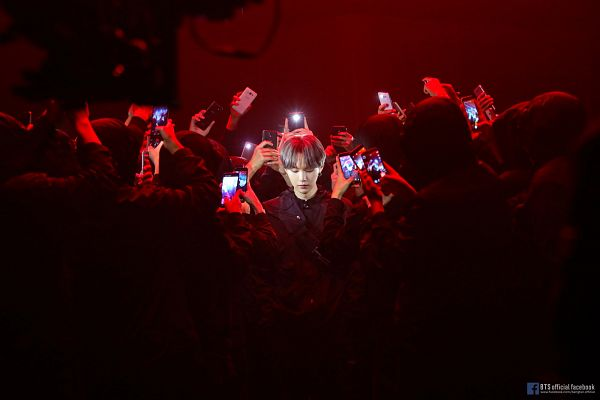 Tags: K-Pop, BTS, Interlude: Shadow, Suga, Group, Smartphone, Text: URL, English Text, Contact Lenses, Dark Background, Headdress, Text: Artist Name