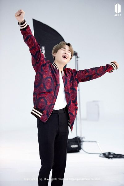 Tags: K-Pop, BTS, Suga, Gradient Background, Red Outerwear, Arms Up, Arms Out, Gray Hair, Red Jacket, Eyes Closed
