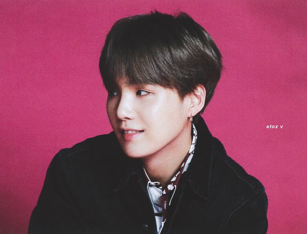 Tags: K-Pop, BTS, Suga, Pink Background, Close Up, Grin, Denim Jacket, Looking Away, Black Jacket, Anan Magazine, Magazine Scan, Scan