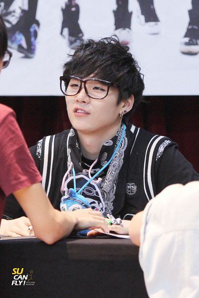 Tags: K-Pop, BTS, Suga, Ring, Bandana, Glasses, Android/iPhone Wallpaper, Fansigning Event