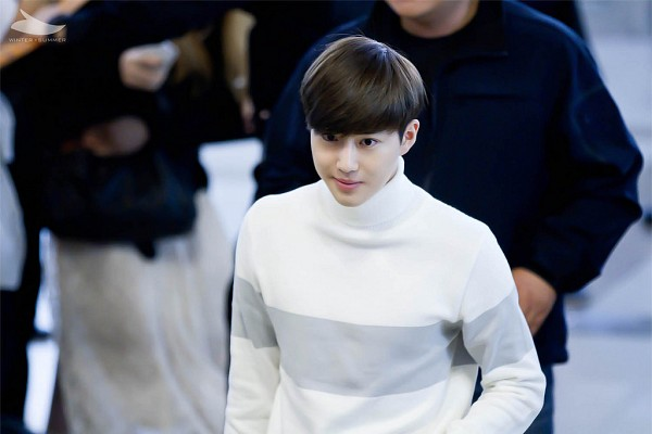 Tags: K-Pop, SM Town, EXO, EXO-K, Suho, Turtleneck