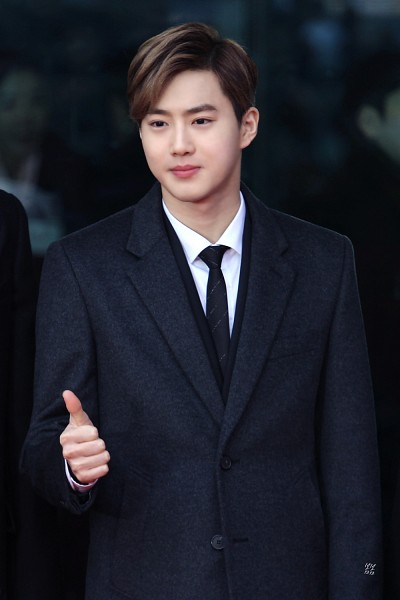 Tags: K-Pop, SM Town, EXO, EXO-K, Suho, Hair Up, Suit, Mobile Wallpaper