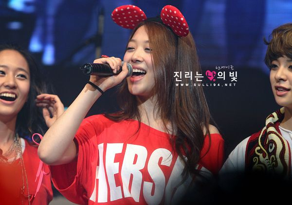 Tags: K-Pop, f(x), Krystal Jung, Amber Liu, Sulli