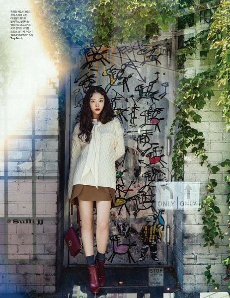 Tags: K-Pop, f(x), Sulli, Brown Footwear, Red Lips, Socks, Bag, Brown Skirt, Black Legwear, Android/iPhone Wallpaper