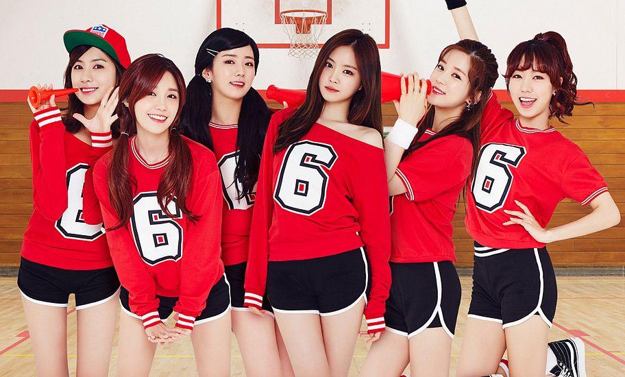 Tags: K-Pop, Apink, Summer Time, Jung Eun-ji, Kim Nam-joo, Oh Ha-young, Son Na-eun, Yoon Bo-mi, Park Cho-rong, Ponytail, Megaphone, Earrings