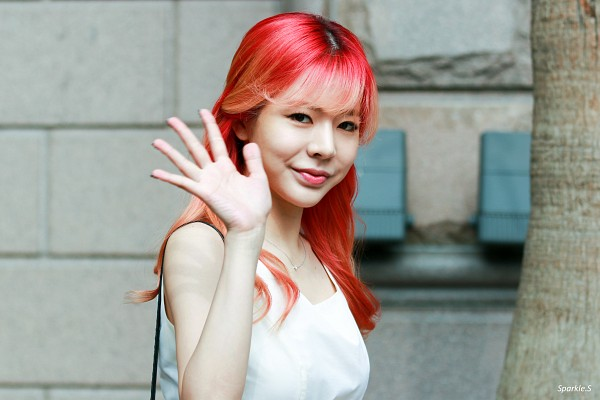 Tags: K-Pop, SM Town, Girls' Generation, Sunny, Bangs, Red Hair, Red Lips, Wallpaper