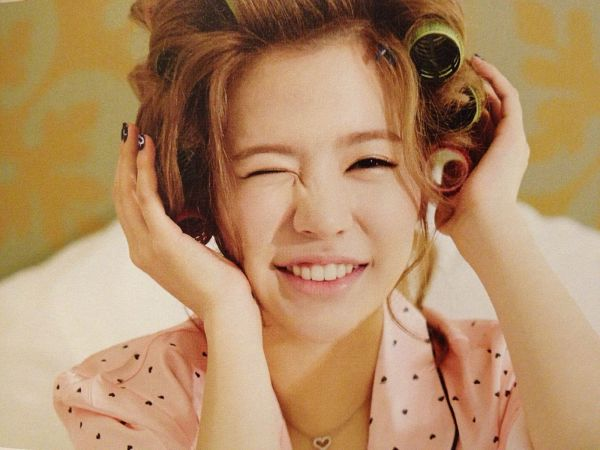 Tags: K-Pop, Girls' Generation, Sunny, Spotted Shirt, Hand In Hair, Wink, Pink Shirt, Nightwear, Hair Up, Wallpaper, Girls' Generation In Las Vegas