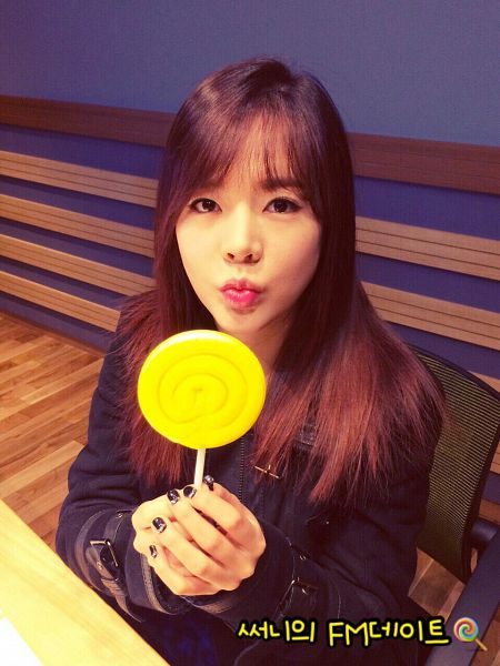 Tags: K-Pop, Girls' Generation, Sunny, Candy, Lollipop, Black Jacket, Nail Polish, Sitting On Chair, Black Shirt, FM Date