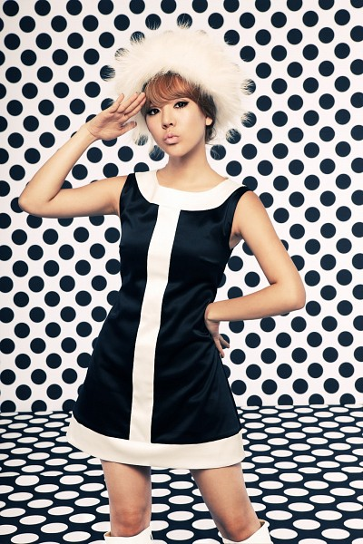 Tags: Girls' Generation, HOOT, Sunny, Android/iPhone Wallpaper