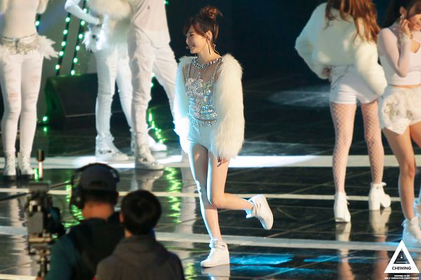 Tags: SM Town, K-Pop, Girls' Generation, I Got A Boy, Sunny, Silver Shirt, Fishnets, Pantyhose, Hair Up, Standing On One Leg, Eyes Closed, White Shorts