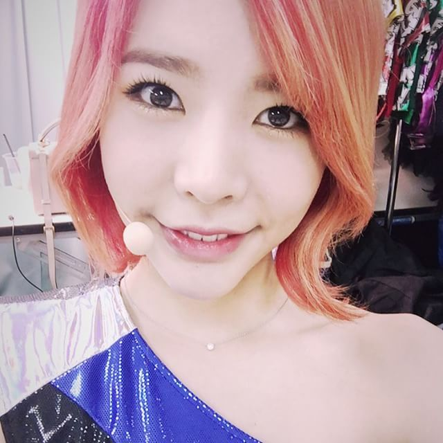 Tags: K-Pop, Girls' Generation, Sunny, Bare Shoulders, Blue Dress, Blue Outfit, Instagram