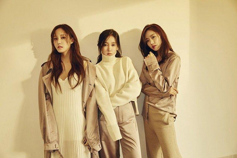 Tags: K-Pop, T-ara, Hyomin, Park Soyeon, Ham Eunjung, Trio, Three Girls