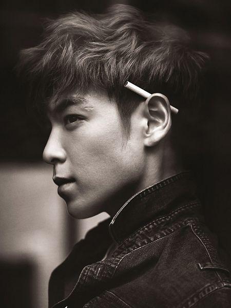 Tags: K-Pop, BIGBANG, T.O.P., Monochrome, Smoking, Black Eyes, Denim Jacket, Gray Hair, Side View, Looking Ahead, Android/iPhone Wallpaper