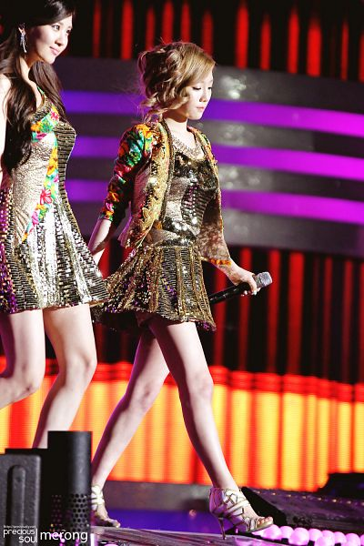 Tags: TaeTiSeo, Girls' Generation, Seohyun, Stephanie Young Hwang, Kim Tae-yeon, Android/iPhone Wallpaper