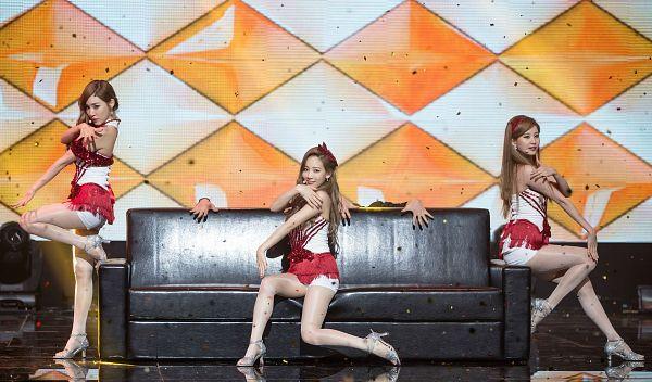 Tags: K-Pop, TaeTiSeo, Girls' Generation, Adrenaline, Seohyun, Stephanie Young Hwang, Kim Tae-yeon, Dancing, Wallpaper, HD Wallpaper