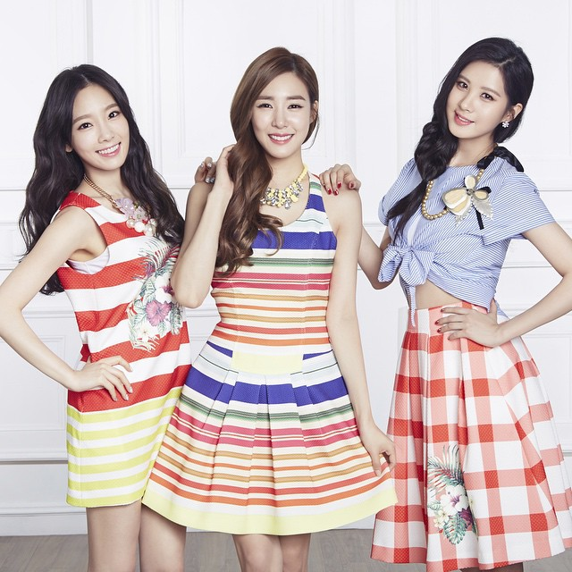 Tags: K-Pop, TaeTiSeo, Girls' Generation, Seohyun, Stephanie Young Hwang, Kim Tae-yeon, White Skirt, Checkered, Wavy Hair, Midriff, Striped Dress, Blue Shirt