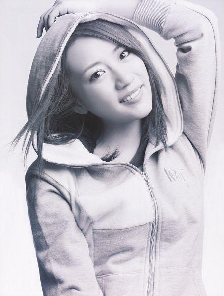 Tags: J-Pop, AKB48, Takahashi Minami, Hood Up, Hoodie, Gray Background, Medium Hair, Black Eyes, Monochrome, Hood, Gray Hair, Android/iPhone Wallpaper