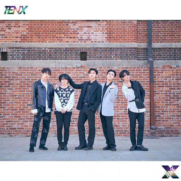 Tags: K-Pop, Ten X, Luha, Uk, Siwoo, Go Hyeon, Gray Outerwear, Black Footwear, Black Pants, Frame, Hand On Head, Leather Jacket