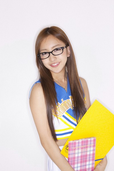 Tags: AKB48, Tomomi Itano, Cheerleader, Necklace, No Background, Glasses, Android/iPhone Wallpaper