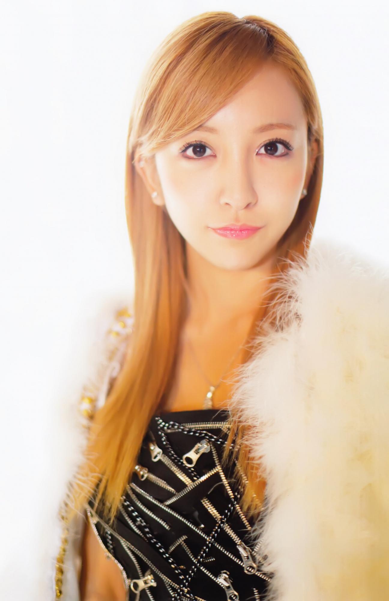 Tomomi Itano 33610 Asiachan