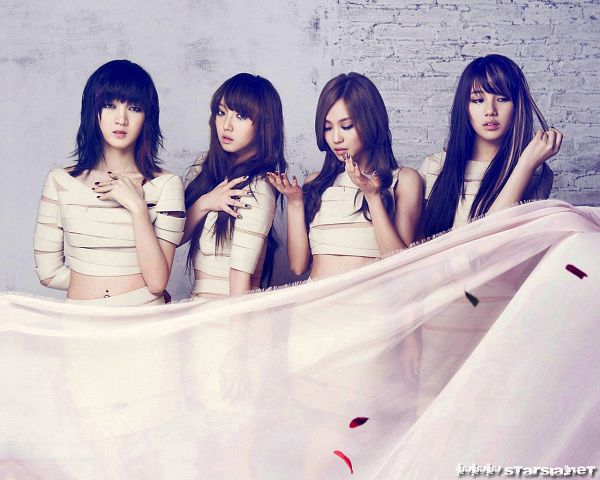 Tags: K-Pop, Miss A, Touch, Bae Suzy, Meng Jia, Min, Wang Feifei, Multi-colored Hair, Quartet, Highlights, Four Girls, Full Group