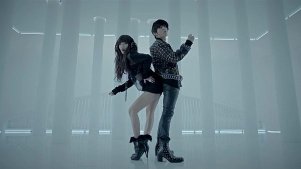 Tags: K-Pop, Troublemaker, Troublemaker (Song), Hyuna, Jang Hyun-seung, High Heeled Boots, High Heels, Black Footwear, Boots, Black Pants, Looking Away, Black Shorts