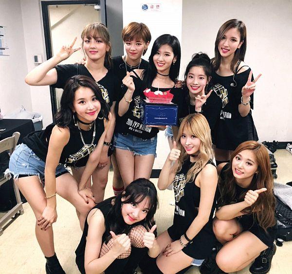 Tags: K-Pop, Twice, JYP Entertainment, Minatozaki Sana, Hirai Momo, Kim Dahyun, Im Nayeon, Tzuyu, Son Chaeyoung, Myoui Mina, Yoo Jeongyeon, Jihyo