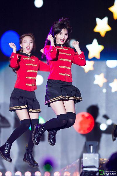 Tags: K-Pop, JYP Entertainment, Twice, Minatozaki Sana, Im Nayeon