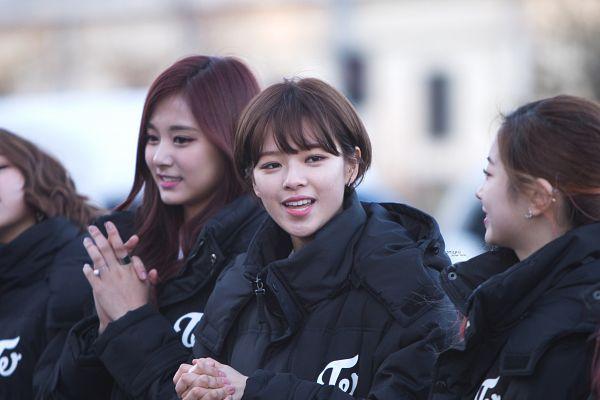 Tags: K-Pop, Twice, Yoo Jeongyeon, Tzuyu, Wallpaper