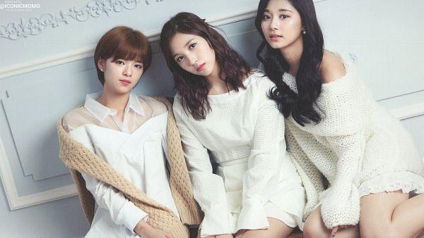 Tags: JYP Entertainment, K-Pop, Twice, Yoo Jeongyeon, Myoui Mina, Tzuyu, Wallpaper