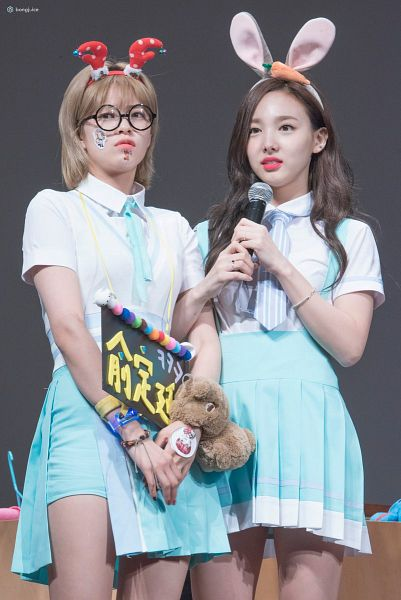 Tags: K-Pop, Twice, JYP Entertainment, Yoo Jeongyeon, Im Nayeon