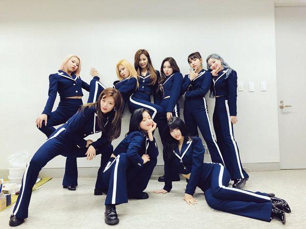 Tags: K-Pop, Twice, Im Nayeon, Tzuyu, Son Chaeyoung, Myoui Mina, Yoo Jeongyeon, Jihyo, Minatozaki Sana, Hirai Momo, Kim Dahyun, Gray Hair