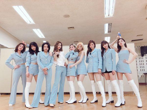 Tags: K-Pop, Twice, Im Nayeon, Tzuyu, Son Chaeyoung, Myoui Mina, Yoo Jeongyeon, Jihyo, Minatozaki Sana, Hirai Momo, Kim Dahyun, Bare Legs