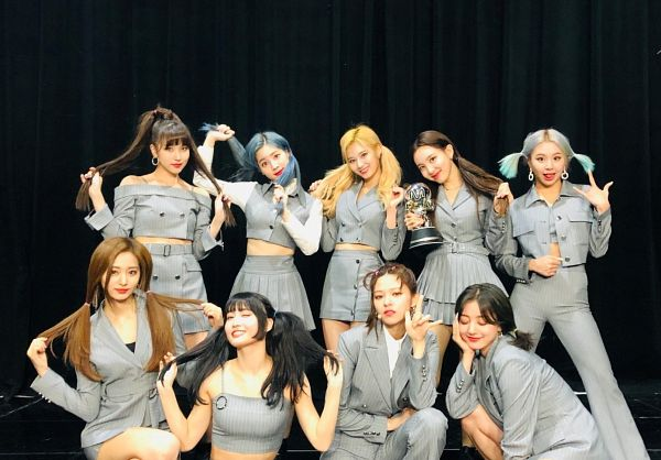 Tags: K-Pop, Twice, Kim Dahyun, Son Chaeyoung, Im Nayeon, Tzuyu, Myoui Mina, Yoo Jeongyeon, Jihyo, Minatozaki Sana, Hirai Momo, Bare Shoulders