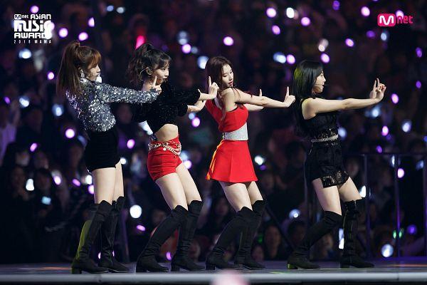 Tags: K-Pop, Twice, Im Nayeon, Myoui Mina, Hirai Momo, Minatozaki Sana