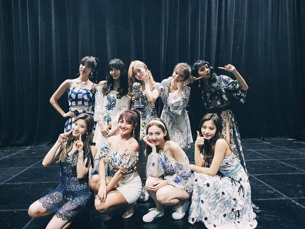 Tags: K-Pop, Twice, Kim Dahyun, Son Chaeyoung, Im Nayeon, Tzuyu, Myoui Mina, Yoo Jeongyeon, Jihyo, Minatozaki Sana, Hirai Momo, Hand On Head