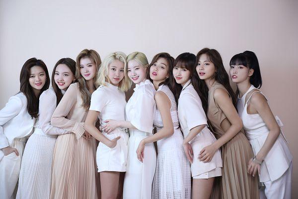 Tags: K-Pop, Twice, Yoo Jeongyeon, Jihyo, Minatozaki Sana, Hirai Momo, Kim Dahyun, Im Nayeon, Tzuyu, Son Chaeyoung, Myoui Mina, Group
